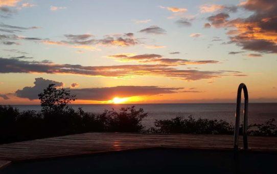 coucher de soleil bungalow Mathilde